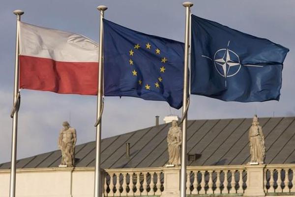 UE e NATO più vicine: accordo a Varsavia