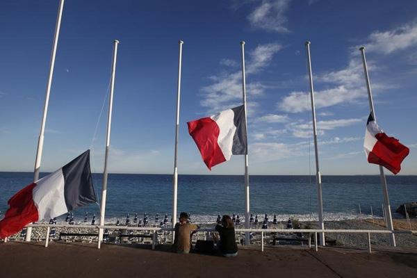 Strage Nizza: ecco chi sono le 6 vittime italiane