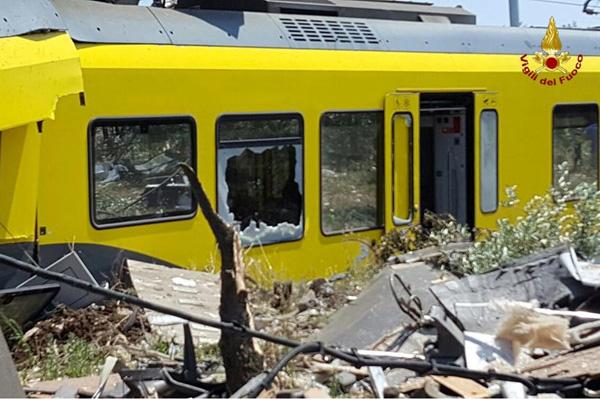 Puglia, scontro treni: gli indagati e le vittime