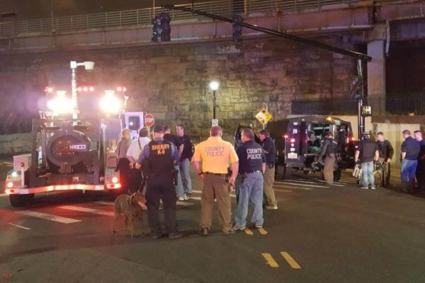 Attentato NY, FBI pubblica identikit sospetto