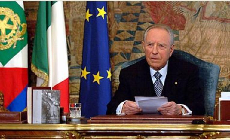 Farmaci anticancro costosi, Renzi: no tassa sul fumo