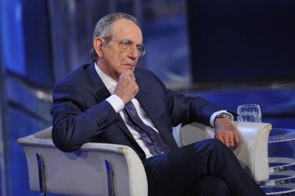 Pil, Padoan: L'Italia non cresce come vorremmo