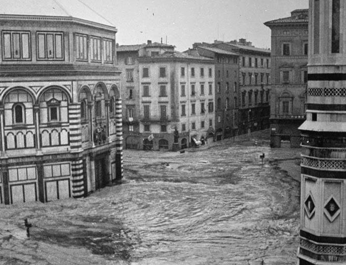 Firenze ricorda l'alluvione del 4 novembre 1966