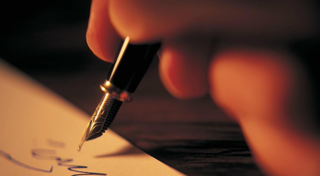 Lettera, c'era una volta. Ma oggi ritorna la gioia di scrivere a mano