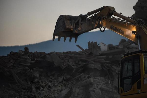 Decreto sisma: 300 mln per la ricostruzione