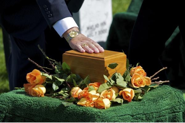 Cremazione, il Vaticano dice sì