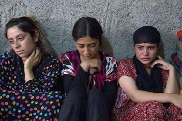 Donne e bimbe all'asta per finanziare ISIS