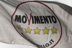 M5s: bandiera del Movimento 5 stelle