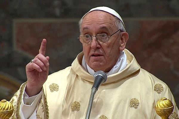 Francesco, perdonare chi abortisce