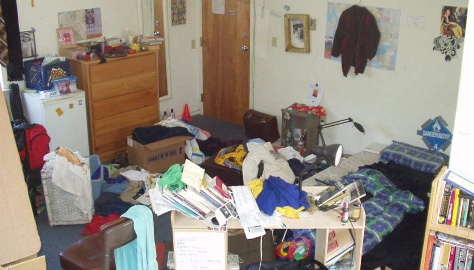 pulizia-svuotamento-appartamenti-in-disordine
