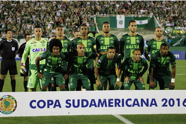 Aereo cade: a bordo squadra di calcio brasiliana