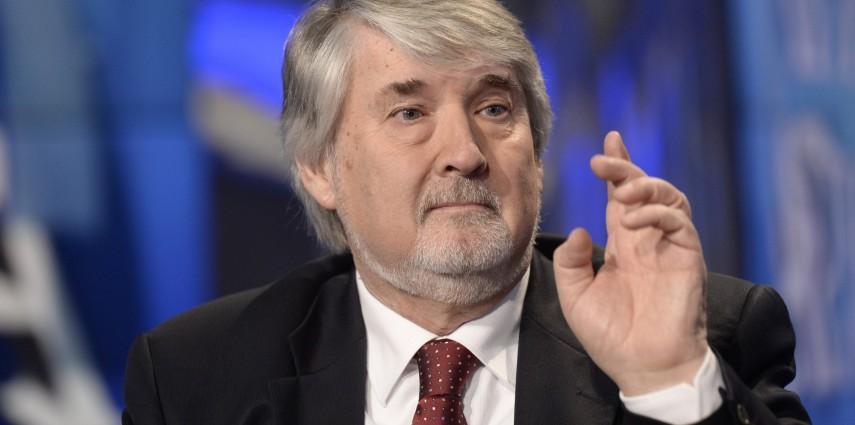 Tutti contro Poletti: SI e M5S chiedono la sfiducia