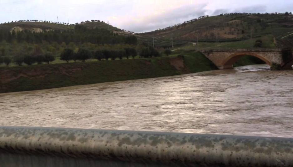 fiume platani in piena
