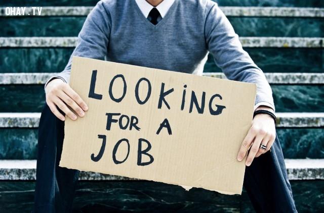 Istat: sale ancora la disoccupazione giovanile