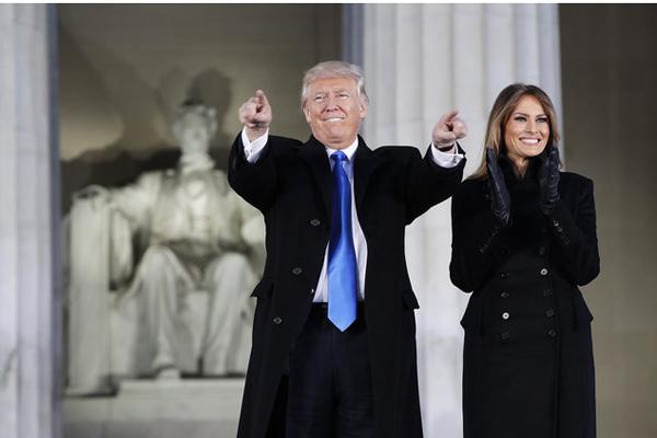 Trump, il giuramento del 45° presidente USA