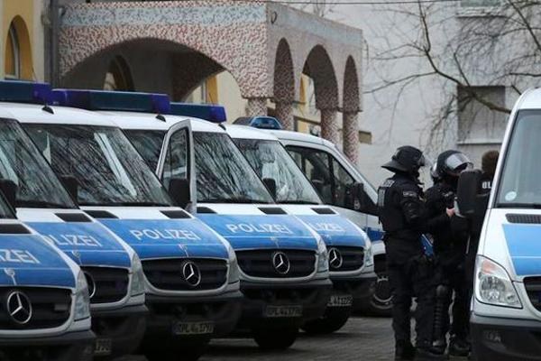 Jihadisti, retata in Germania: 16 arresti