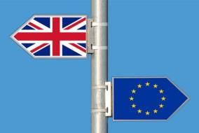 Brexit_cartelli