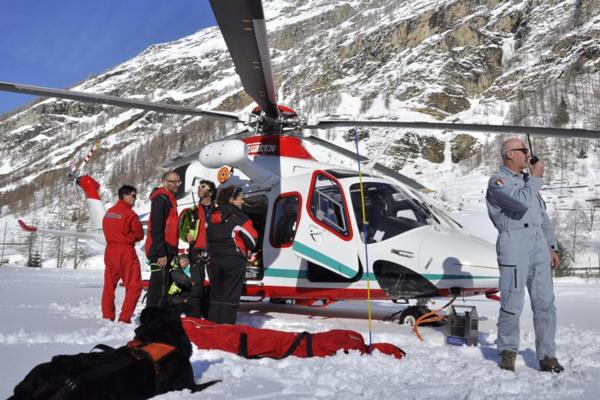 Due valanghe a Courmayeur, morti tre sciatori
