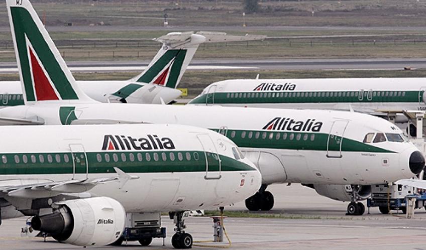 Alitalia, il piano dei tagli per uscire dalla crisi