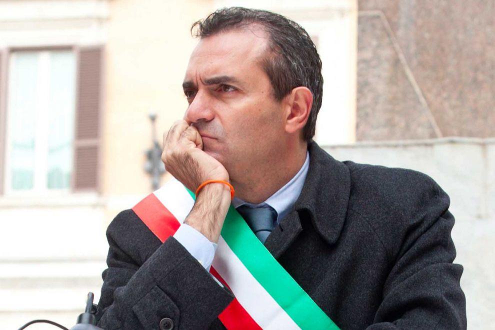 Napoli anti Salvini: tutti contro De Magistris