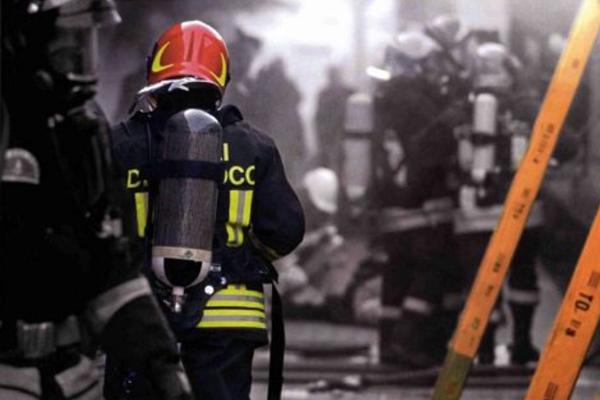 Fuoco nel Grande Ghetto: due morti in Puglia