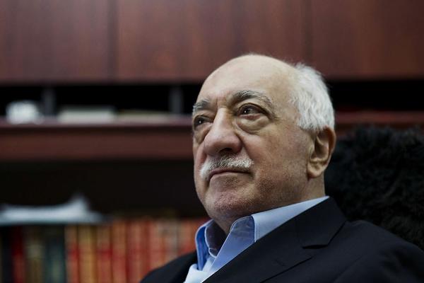 Turchia, altri mille arresti contro la rete di Gülen