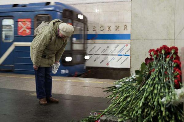 San Pietroburgo, identificato l'attentatore