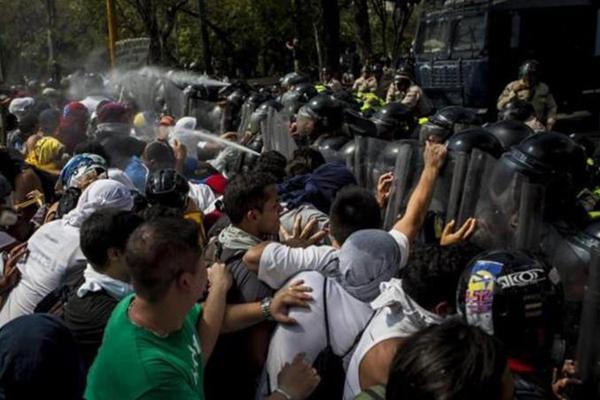 Venezuela, 3 morti in proteste contro Maduro