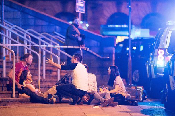 Attentato a Manchester: 22 morti al concerto