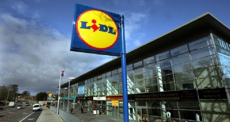 Lidl, la mano della mafia sui supermercati: 15 arresti
