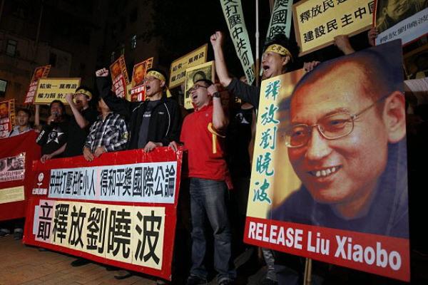 Scarcerato il Nobel Liu Xiaobo: sta per morire