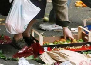 povertà e scarti alimentari