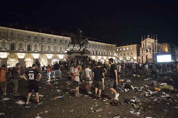 Torino, morta Erika Pioletti vittima folla impazzita