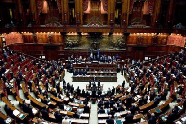 Taglio parlamentari al rush finale alla Camera