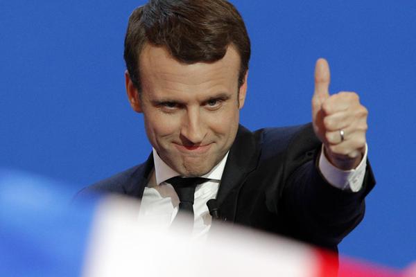 Parlamentari Francia, Macron solo al comando