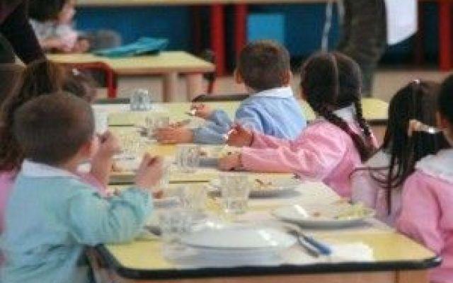 Povertà in crescita tra i bambini: per 6 su 10 niente web, sport, arte