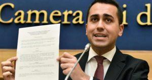 di maio-documento-riduzione-stipendio-parlamentari