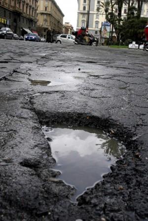 Le strade romane, un vero dramma
