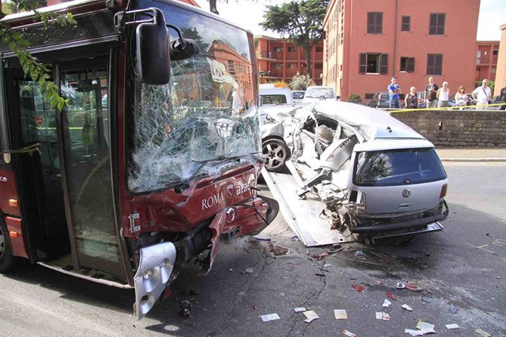 A Roma SOS morti su strada: +20% incidenti mortali