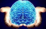 Elettrodi nel cervello per riprendere uso delle mani