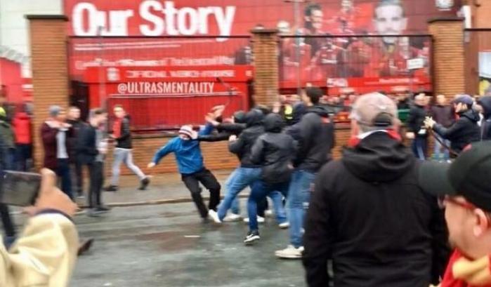 Uefa, Roma multata. Stop tifo per 2 trasferte