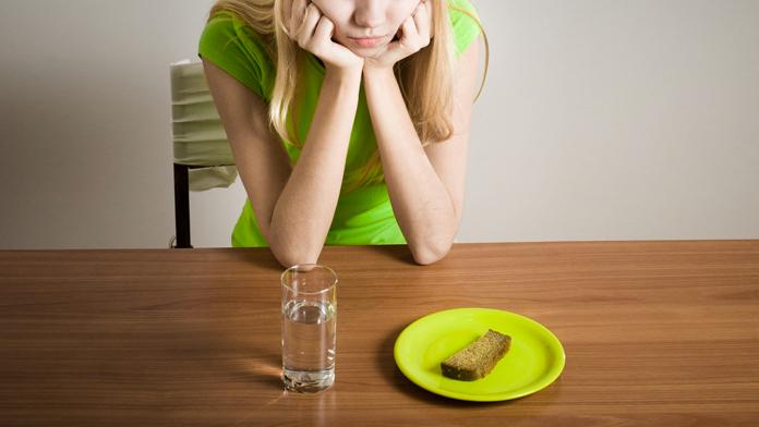 Salute, codice 'lilla' per chi soffre di problemi alimentari