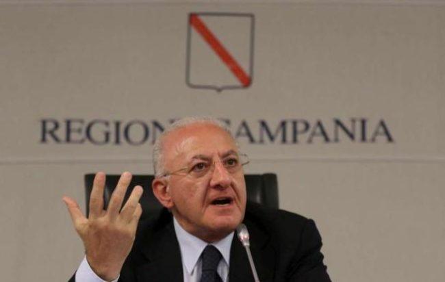 Immigrati, De Luca:
