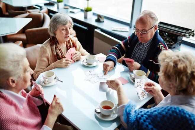 L'Italia invecchia, più sessantenni che trentenni