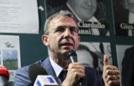 Costa, Ministero e P.A. contro la plastica