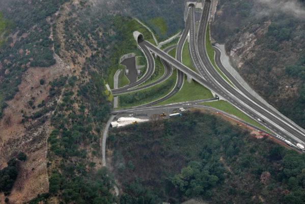Tav, italiani sostengono grandi opere a favore del turismo