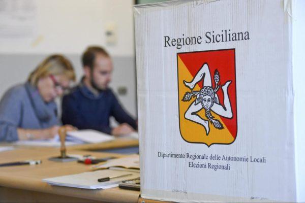 Sicilia, ballottaggi amministrative favoriscono i Cinque Stelle