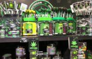 Cannabis light, commercializzarla è reato