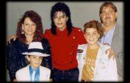 Michael Jackson, la biografia che lo mette a nudo