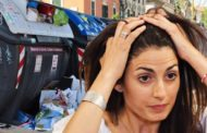 Emergenza rifiuti a Roma, Governo a Raggi: pulire strade